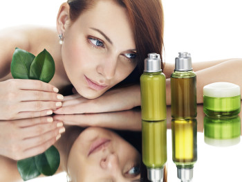 Best Essential Oils For Dry And Oily Skin